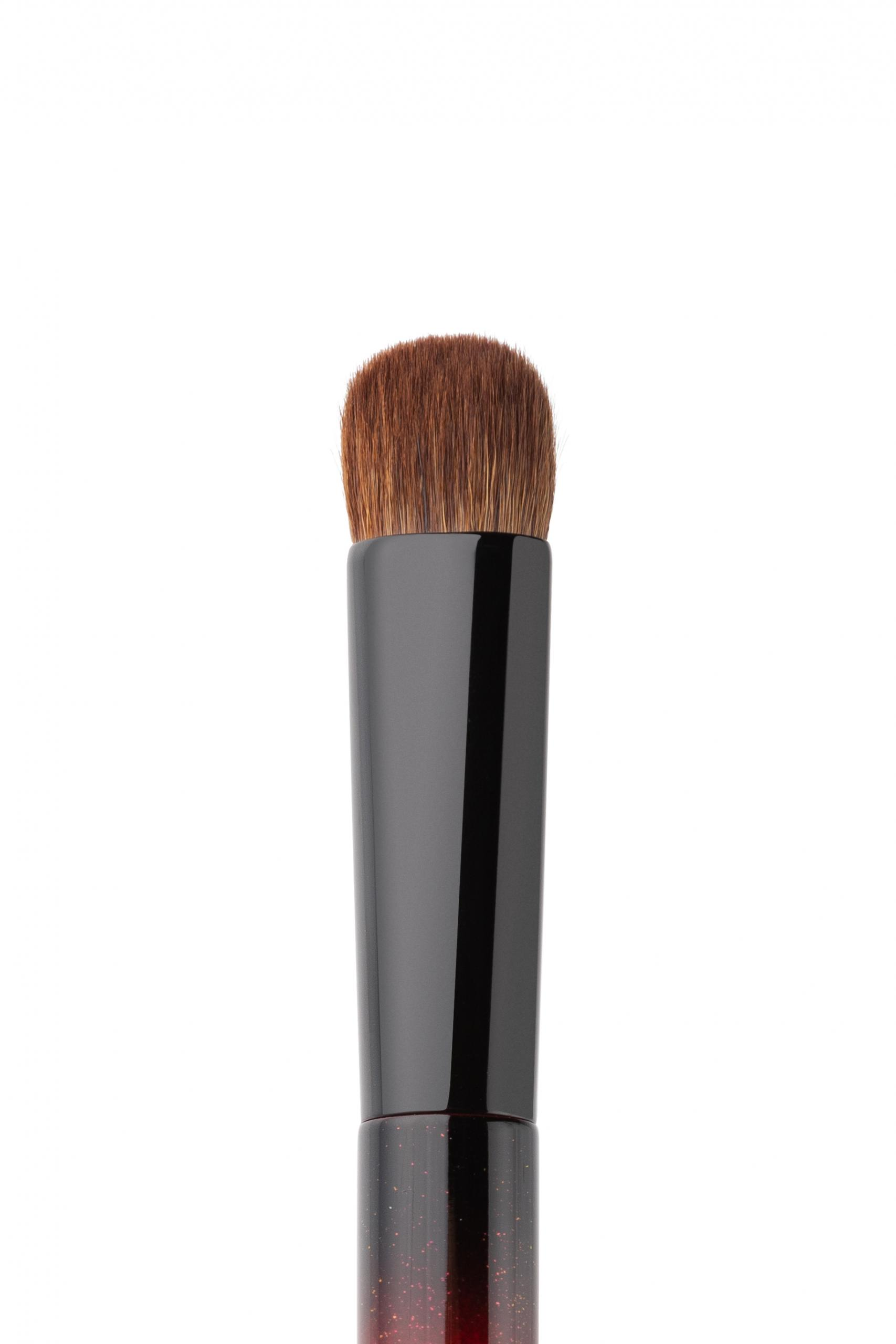 Bristle Eyeshadow Brush Annbeauty STARS5